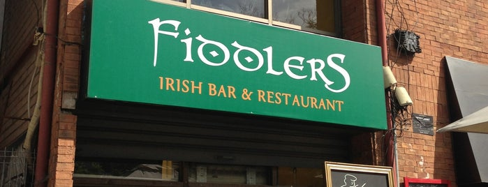 Fiddlers Irish Bar is one of Ruta happy hours/vida nocturna.