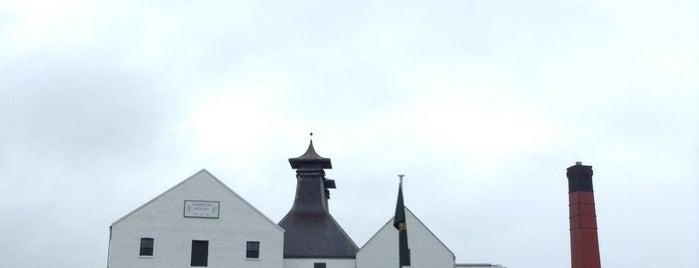 Lagavulin Distillery & Visitors Centre is one of themaraton.