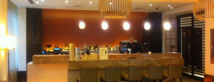 Lobby Bar is one of Mover's Family.