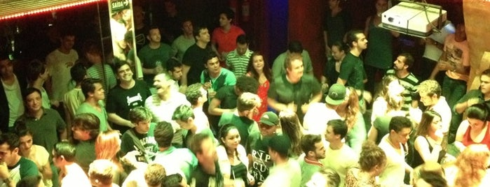Open Bar Club is one of Hardyfloor Pisos e Revestimentos.