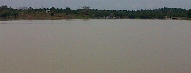 Danau buatan, Pekanbaru is one of All-time favorites in Indonesia.
