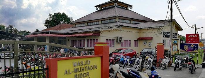 Masjid Al-Muhtadin, Bidor is one of masjid.