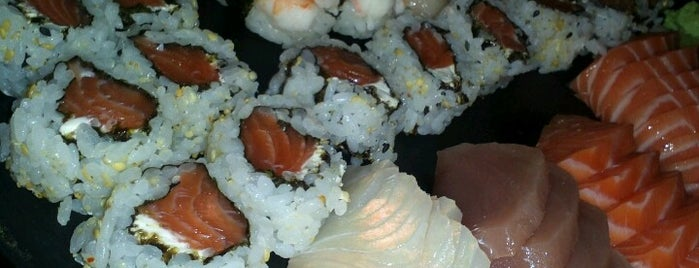 Sushi Roots is one of Japoneses • Florianópolis.