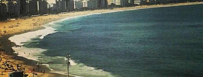 Copacabana is one of Lugares Imperdibles Rio de Janeiro.