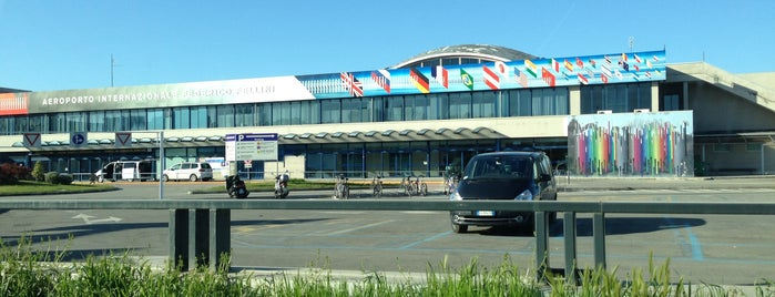 "Aeroporto di Rimini - Miramare ""Federico Fellini"" (RMI) is one of I Luoghi di Cartoon Club."