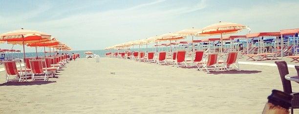 Forte Dei Marmi Beach is one of anna e selin.