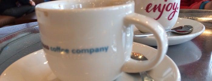 San Francisco Coffee Company is one of Stuggi4sq.