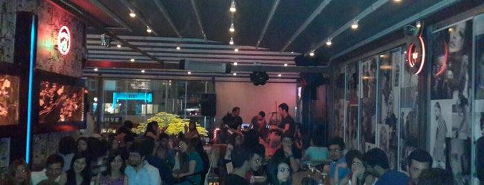 +359 Cafe & Bistro is one of Mutlaka gidilmeli!.