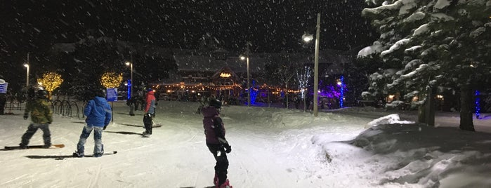 Grand Central Lodge is one of Skiing.