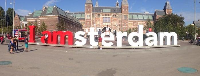 I amsterdam is one of Amsterdã, Holanda.