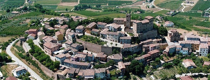 Longiano is one of ITINERARI E LUOGHI IN TERRA DI ROMAGNA.