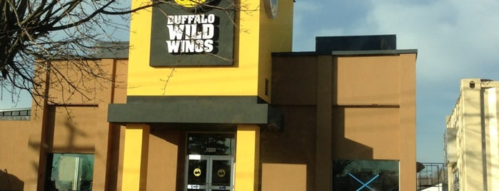 Buffalo Wild Wings is one of My Resturaunts to go.