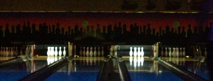 Liberty Lanes Lounge & Grill is one of Top 10 favorites places in East Grand Forks, MN.