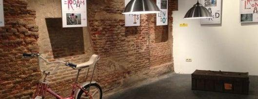 La Bicicleta Café is one of Madrid by Locals.