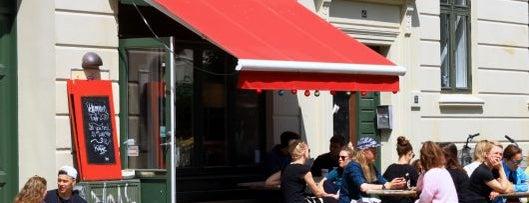 Røde Roses Kaffebar is one of Copenhagen by Locals.