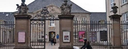 Designmuseum Danmark is one of Copenhagen by Locals.