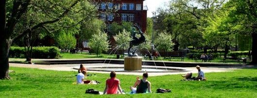 Hans Tavsens Park is one of Copenhagen by Locals.