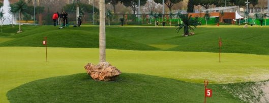 Green Canal Golf is one of Madrid by Locals.