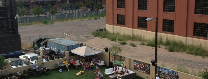 ViewHouse Eatery, Bar & Rooftop is one of Denver Love.
