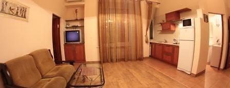 Апартаменты Киев-Центр на Крещатике is one of Отели Киева.