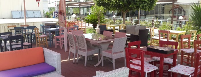 Captain's Cafe is one of Yerler - Antalya.