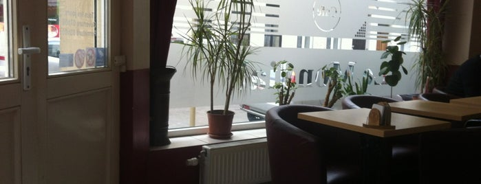 Gril Mondial is one of Must-visit Food in Schaerbeek.