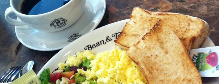 The Coffee Bean & Tea Leaf is one of Café | Penang.