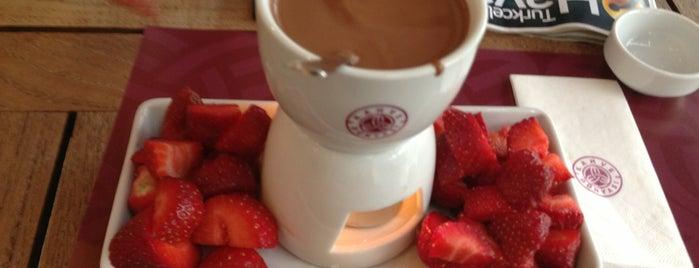 Kahve Dünyası is one of Istanbul - Cafe&Restaurant.