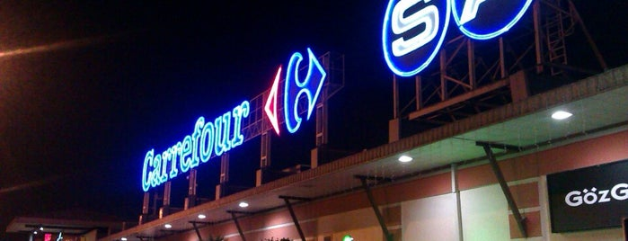 Carrefour İçerenköy AVM is one of Shopping Centers.