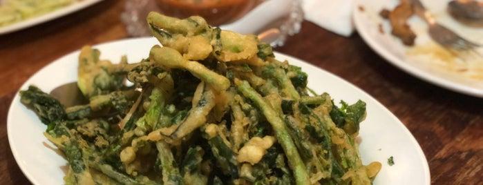 ครัววศินทรัพย์ is one of Favorite Food.