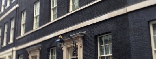 10 Downing Street is one of Places to see.