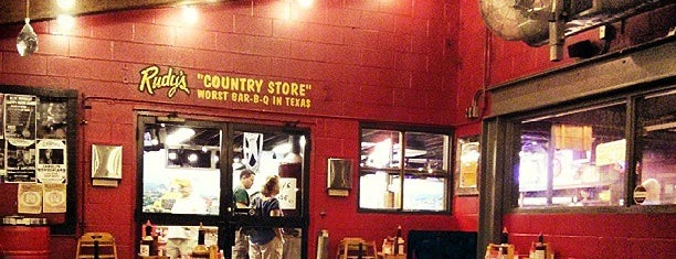 Rudy's Country Store & Bar-B-Q is one of Restaurant To Do List.