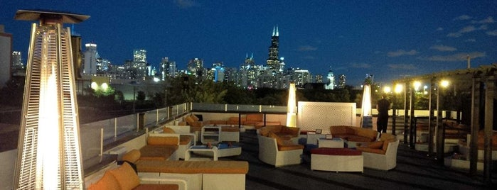 ESTATE Ultra Bar is one of Chicago Bucketlist.