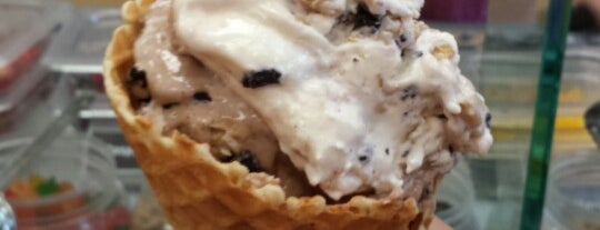 Marble Slab Creamery is one of Niagara.