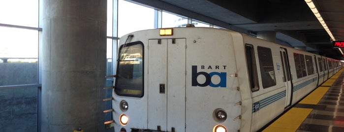 SFO AirTrain Station - Garage G & BART is one of Duncan.