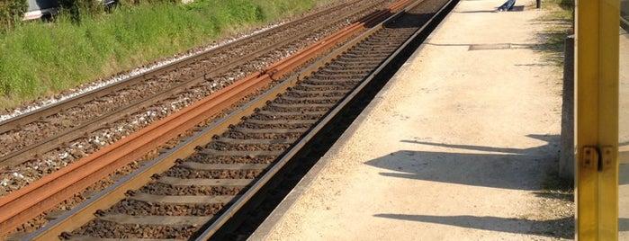 Station Scheldewindeke is one of Bijna alle treinstations in Vlaanderen.