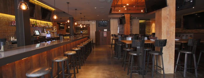 Municipal Bar + Dining Co. Is One Of The 9 Best Sports Bars In Near
