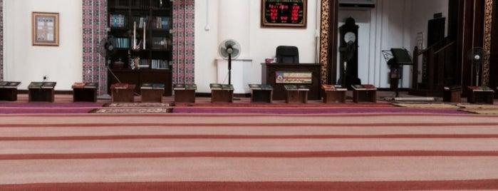 Masjid At-Taqwa Kg Bukit Kapar is one of masjid.