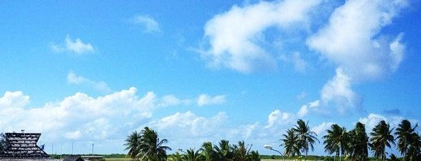 Bora Bora Airport (BOB) is one of Bucket List ☺.