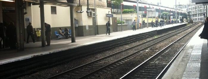 Métro Denfert-Rochereau [4,6] is one of Stations de metro a Paris.