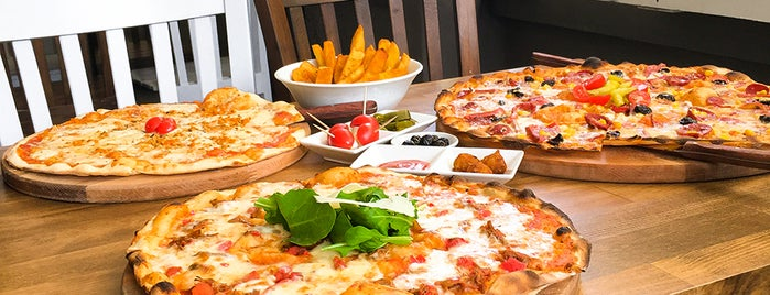 Pizza A Casa is one of Adana.