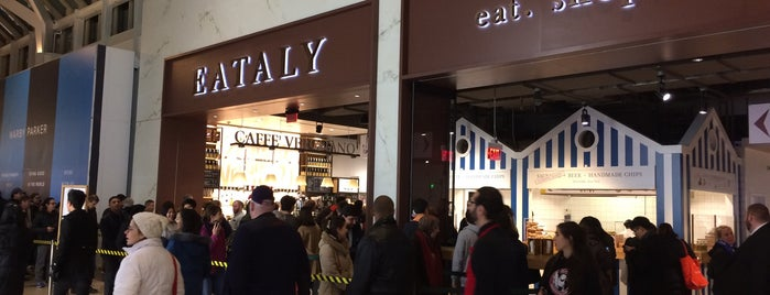 Eataly Boston is one of Easy Lunch.