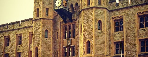Tower of London is one of Best places in London, United Kingdom.