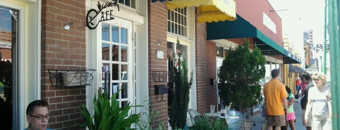 Main Street Bistro & Bakery is one of Guide to Grapevine's best spots.