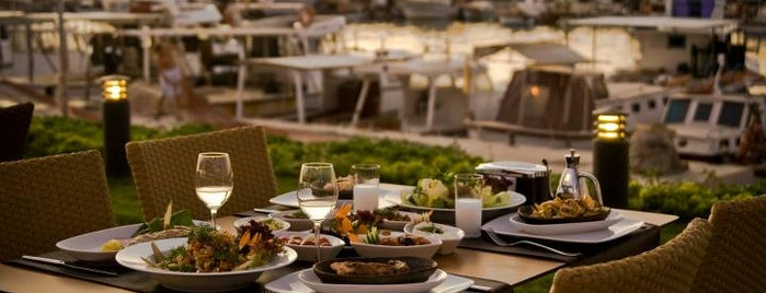Meba Restaurant is one of İzmir.