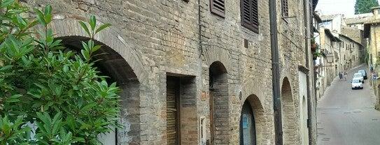 Ristorante La Mandragola is one of San Gimignano.