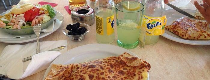 Creperia Guajara is one of Tenerife: restaurantes y guachinches..