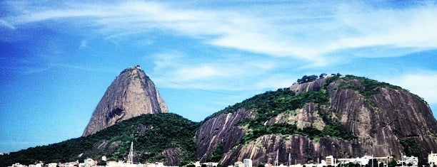 Enseada de Botafogo is one of Empresas e Estabelecimentos de Botafogo RJ.