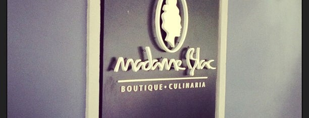 Madame Blac is one of Comida en Caracas.