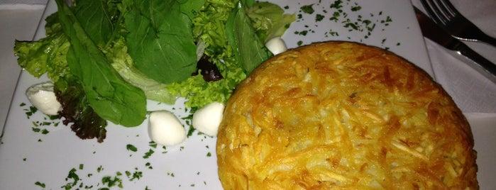 Santa Clara Batataria is one of Gastronomia.